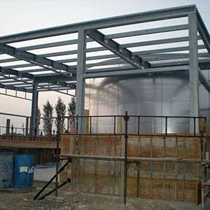 Construction of a fire-fighting water tank and pump room